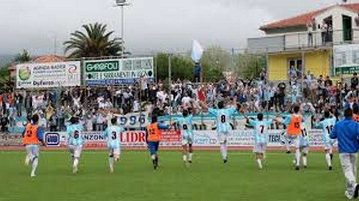 Entella-Avellino 1-1: Ceccarelli salva la Virtus, martedì il Venezia