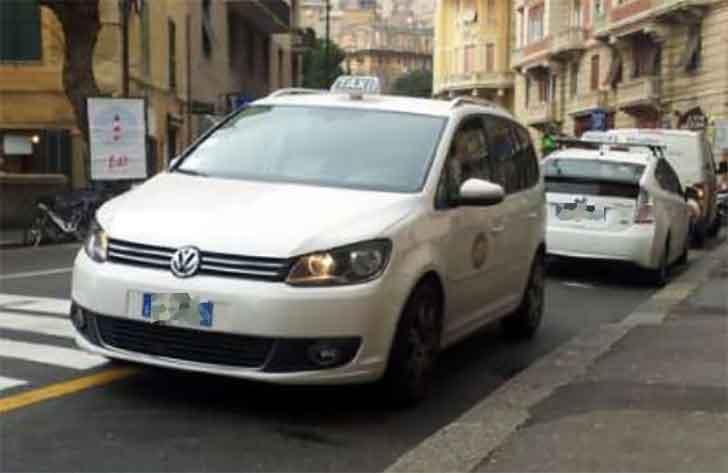 Roma, a Montecitorio nuova manifestazione dei tassisti