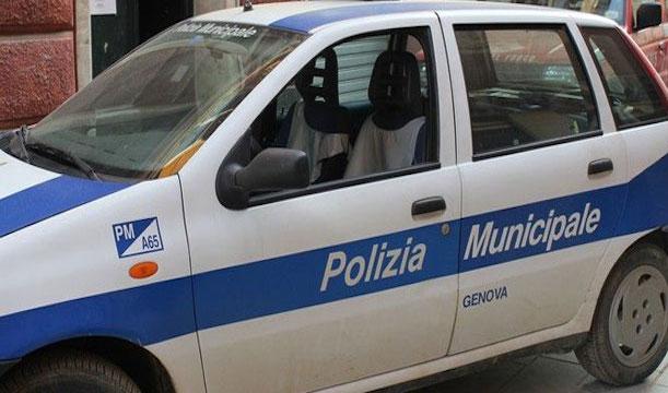 Officina abusiva sequestrata in corso Perrone: è la quinta in pochi giorni