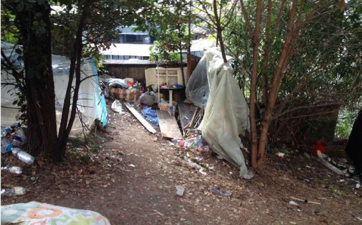 Giardini Di Plastica Genova.Giardini Di Plastica Siringhe E Sporcizia Degrado Continua