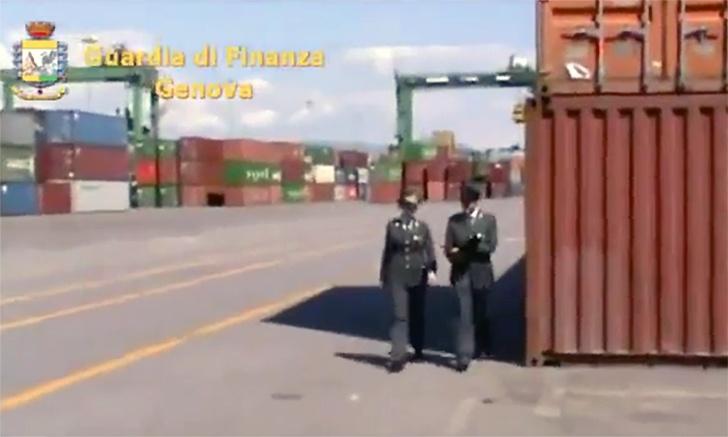 Brand Juventus contraffatto, maxi-sequestro della Finanza