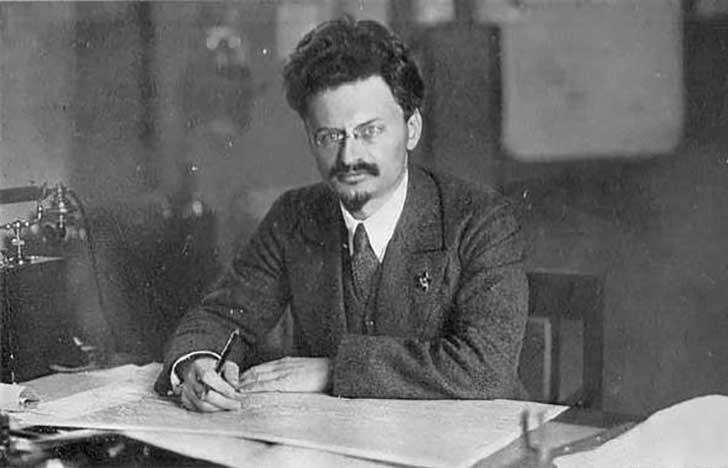 Lev Trotski