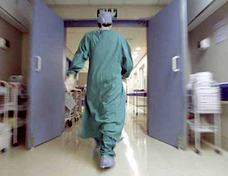 Donna ricoverata al San Martino di Genova, le analisi: non è Coronavirus