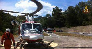 Torrazza, cade da un sentiero e si frattura tibia e perone: 48enne soccorso