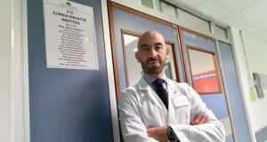 L'attacco di Bassetti al plasma con il covid: E' definitivamente morto
