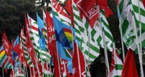 Covid, sindacati a Draghi: Si a vaccino e protocolli per tutti