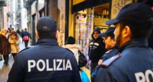 Attività della Polizia nel centro Storico contro spaccio e irregolarità