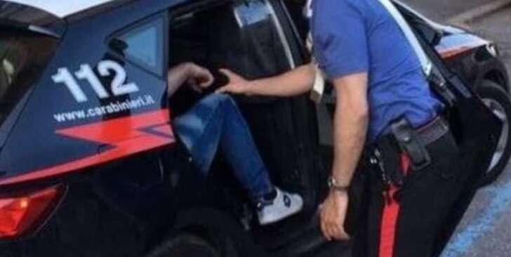 Riva Trigoso, picchia la moglie e il figlio, 55enne arrestato dai carabinieri