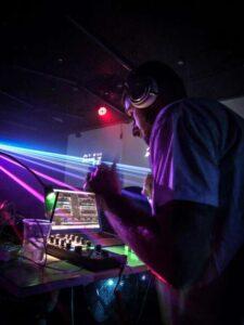 Continua Electropark con i DJ Set
