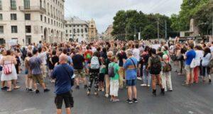 In atto a Genova la manifestazione No green pass