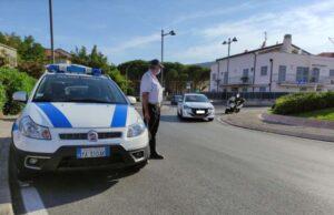 Controlli della polizia locale di Loano