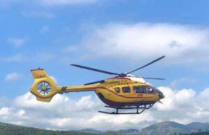 Cade da un'impalcatura: trasportato in codice rosso al San Martino in elicottero