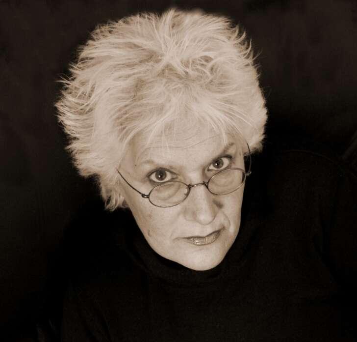 Addio a Paola Romano, l'Artista delle Lune