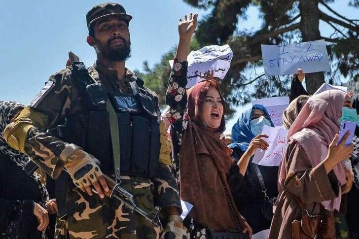 Afghanistan, le ragazze non potranno tornare a scuola