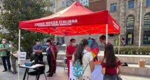 Croce Rossa e forze dell'ordine contro le droghe