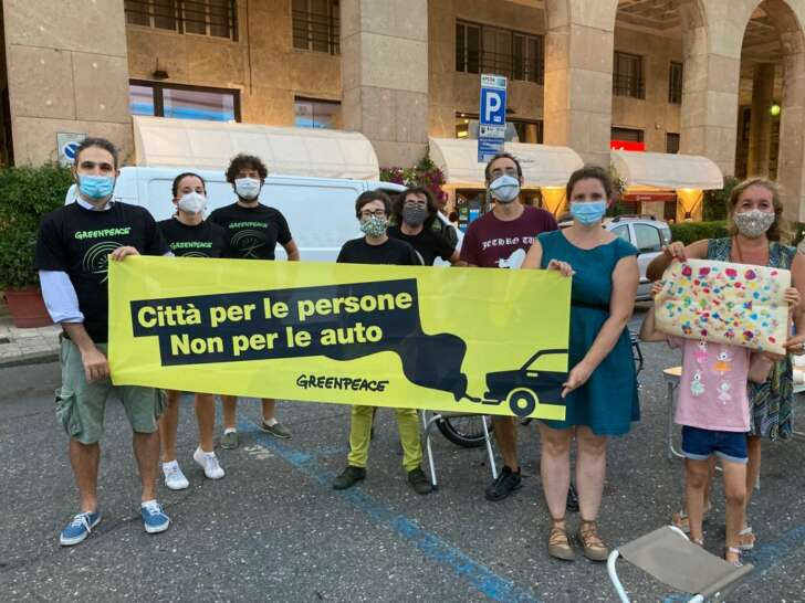 A Genova protesta creativa con ParkingDay