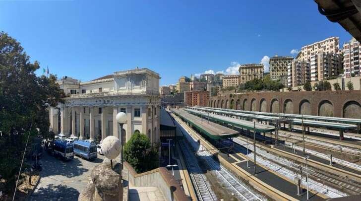A Genova e in altre città italiane non c'è stata alcuna invasione delle stazioni