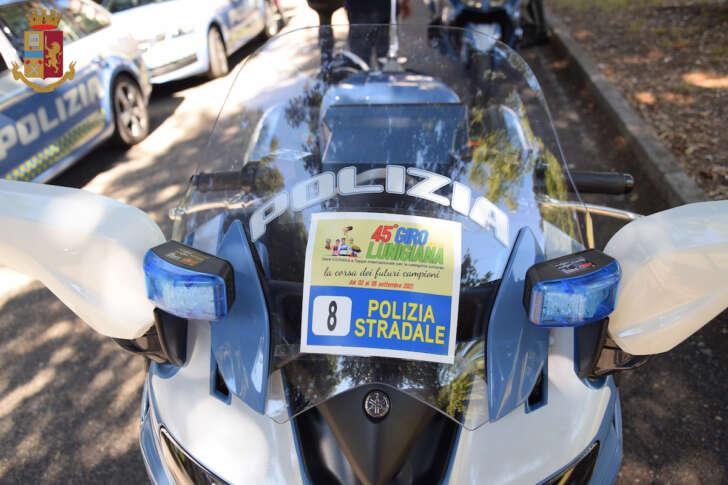 Ciclismo, la Stradale scorta il 45° Giro della Lunigiana