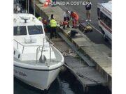 Francese in barca a vela soccorso a Vernazza dalla Guardia Costiera