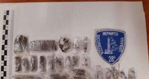 Pusher senegalese arrestato dalla Polizia locale con 26 dosi di hashish